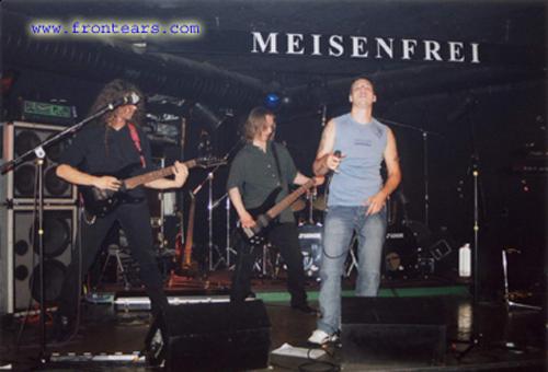 http://rock.ru/photo/img/081ee0ff68dff27799c222b6e5b03f91.jpeg
