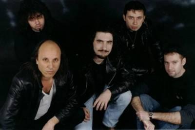 http://rock.ru/photo/img/88e462650f7e123c6bb025c1a503c99d.jpeg